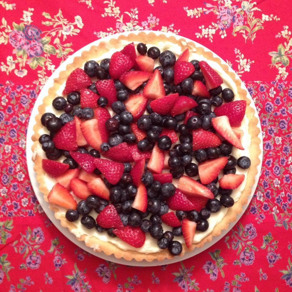 strawberry mascarpone tart with blueberries
