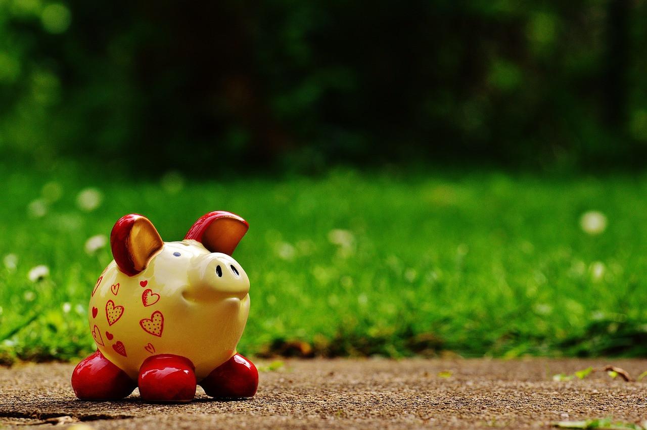 piggy-bank-1429580_1280