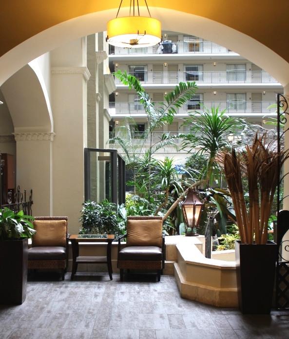 sitting area in hotel lobby