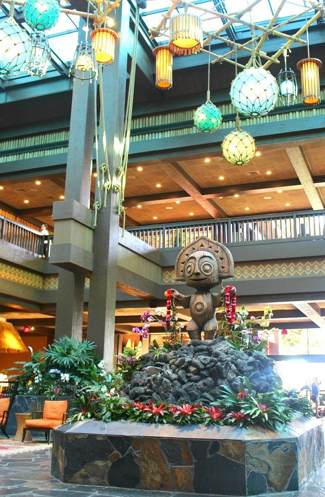 statue in the lobby of the polynesian resort