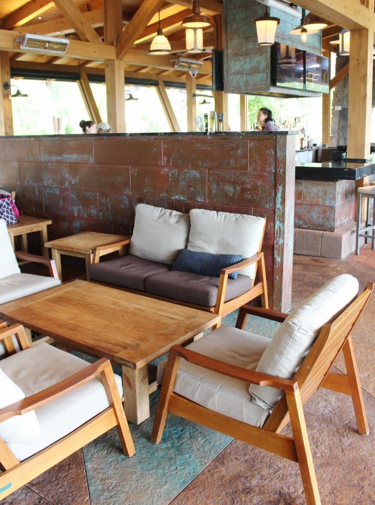 sitting area at Geyser point