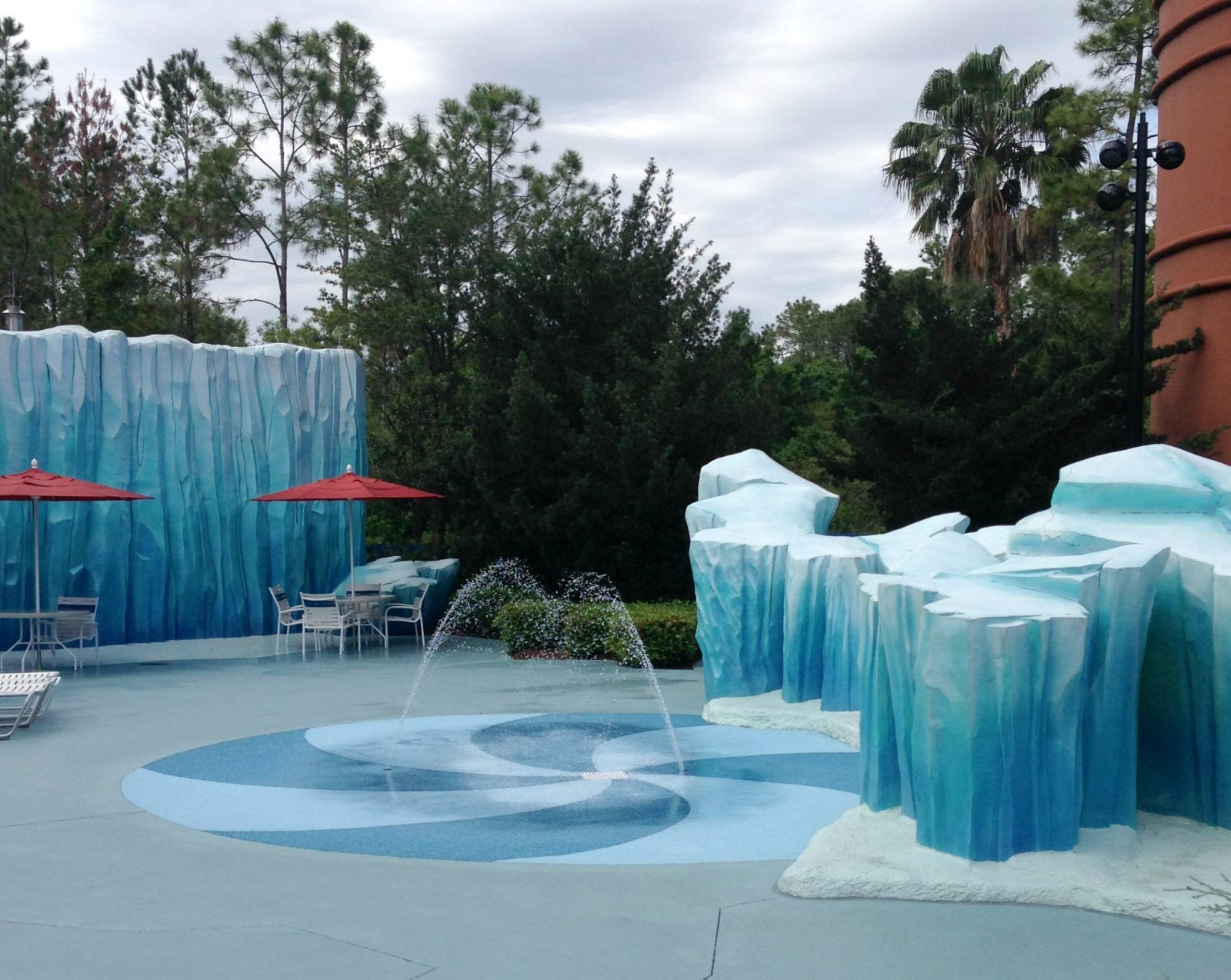 The best and worst of the Value Resorts at Walt Disney World! Not all Value resorts are created equal, so here are my picks for the best and worst options. #familyvacation #disneyworld