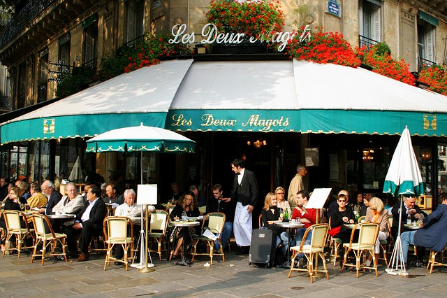Les Deux Magots restaurant outdoor seating